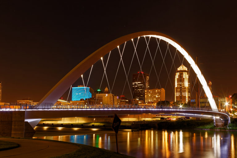 A nighttime skyline view of Des Moines.