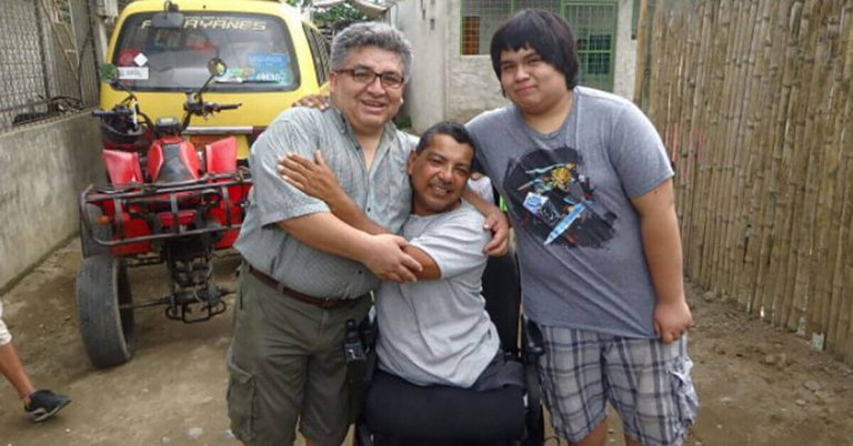 Purinapaq provides wheelchairs to those who cannot afford one.