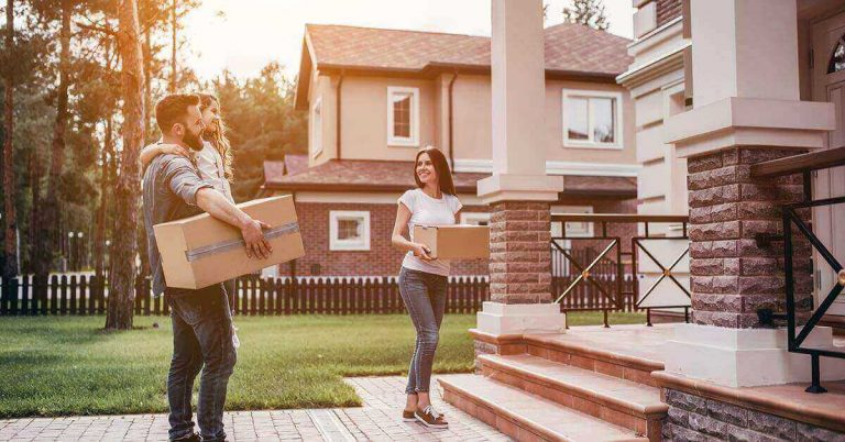A young couple moves into a new house.