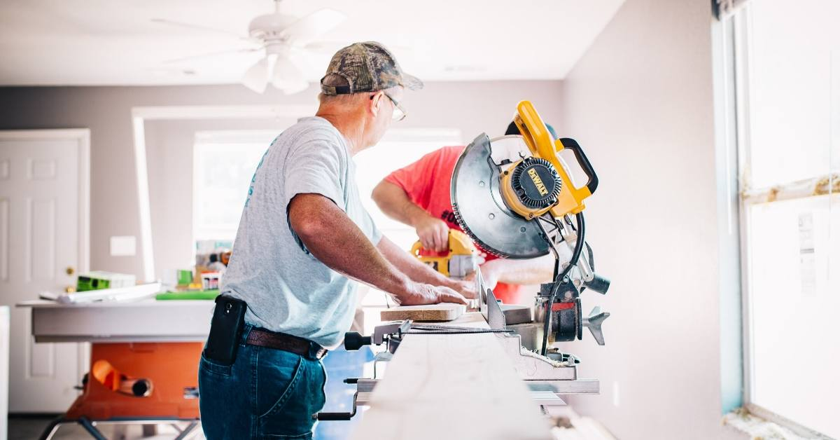 How to Choose the Right Contractor for Your Home Remodel
